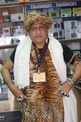 Shooting Dahi Handi 2012 Dadar Ranade Road by firoze shakir photographerno1