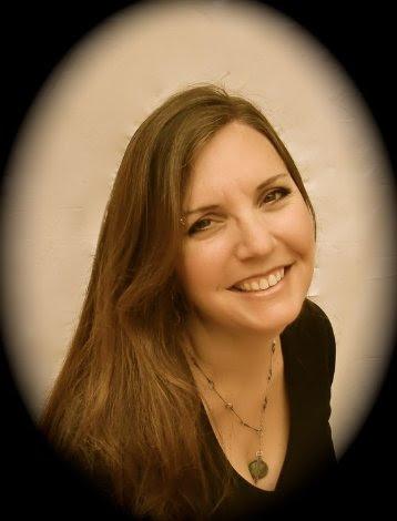 Author Elle Casey