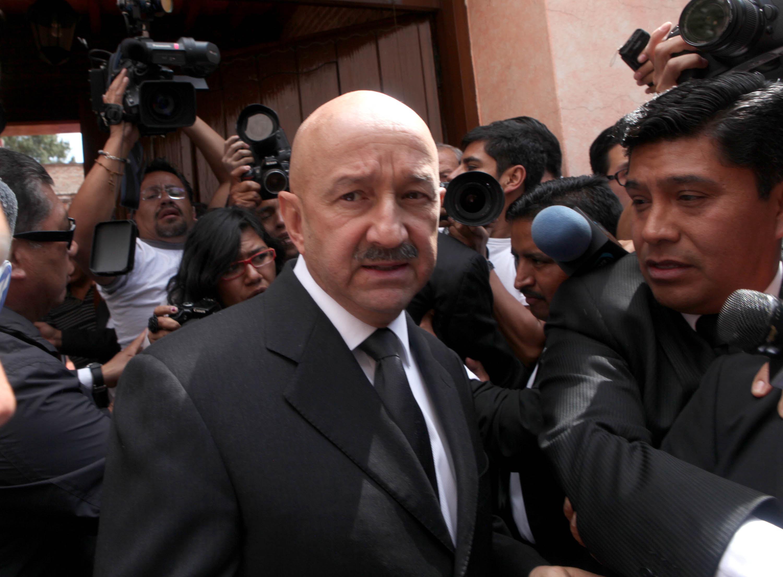 Salinas en el velorio del expresidente Miguel de la Madrid. Foto: Benjamín Flores.