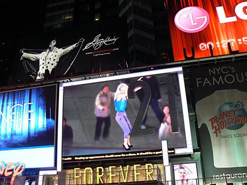 Philippe et la fille de Times Square.jpg