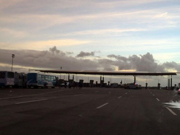 MST liberou uma entrada de acesso ao aeroporto (Foto: Matheus Magalhães)