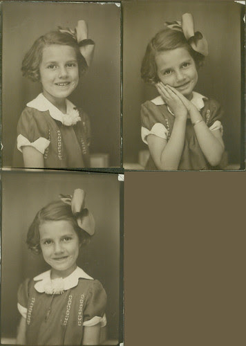 Photobooth Girl with bow