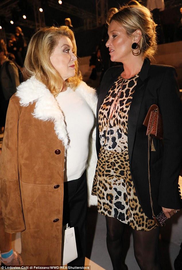 Legends: Kate estava conversando com Catherine enquanto atingiam o FROW em grande estilo