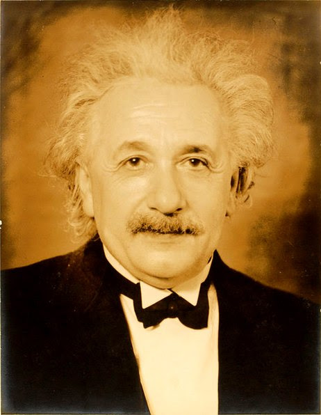 File:Einstein-formal portrait-35.jpg