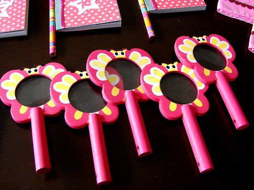 American Girl Doll Party Favors - Magnifying Glasses for the Scavenger Hunt