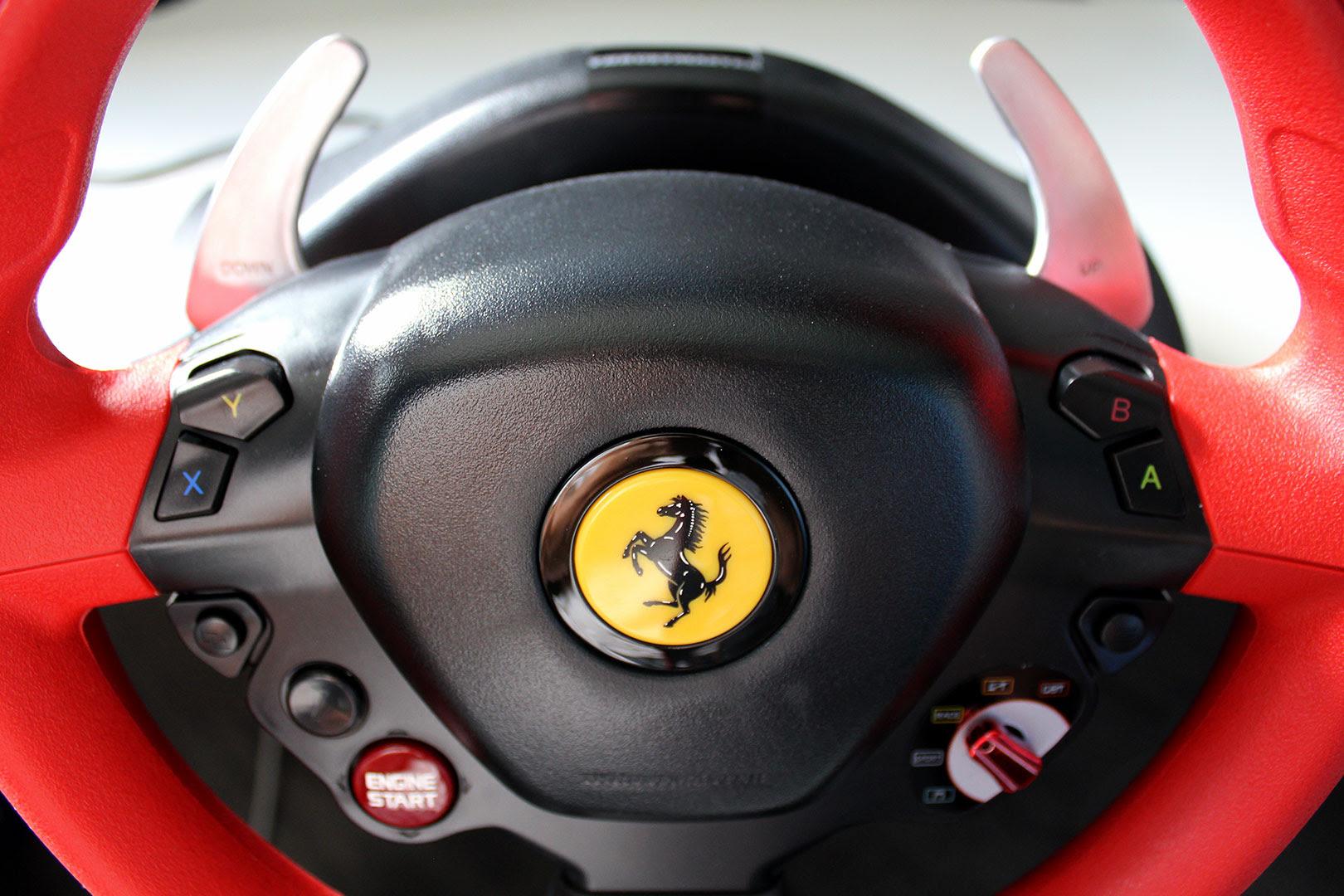 Thrustmaster Ferrari 458 Spider Racing Wheel : Test complet - Volant - Les Numériques