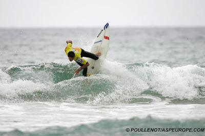 Gomez - pro surf zarautz