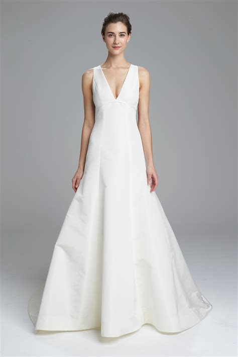 Simple Wedding Dresses: Classic Designer Bridal Gown