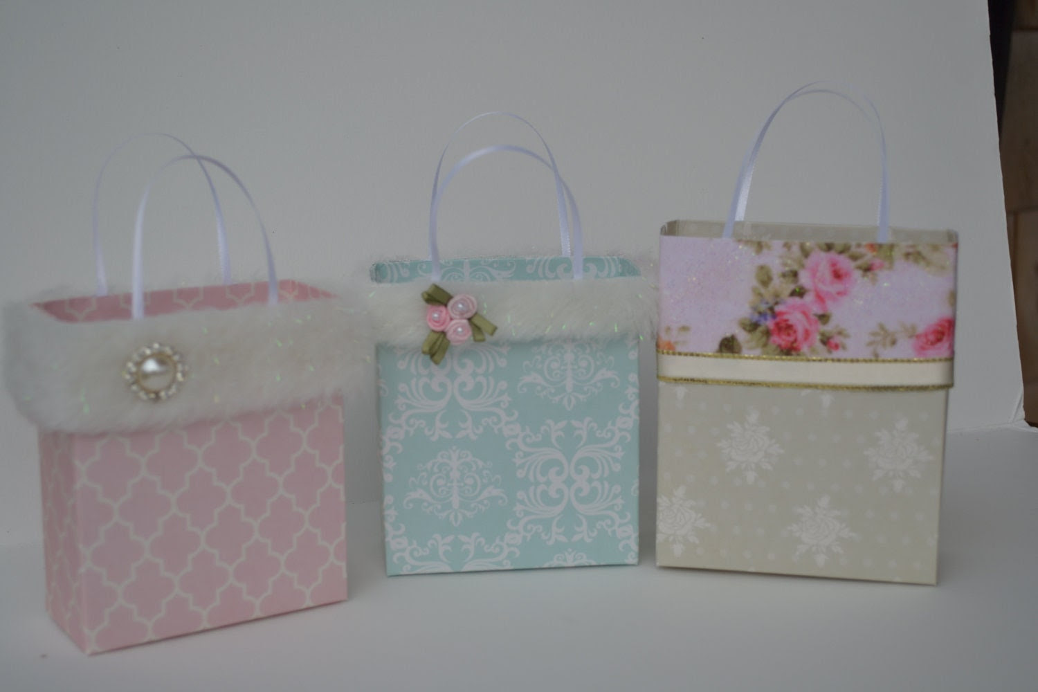 Elegant Wedding party/gift bag