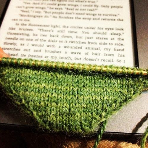 This Alpaca Sox yarn is knitting up very pretty! #knitting #sock