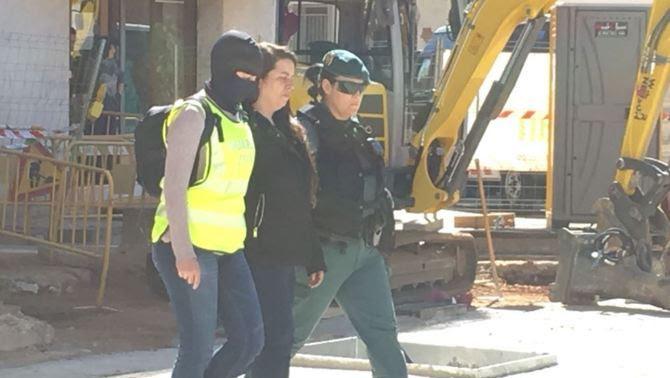 Detinguda a Viladecans una membre dels CDR acusada de terrorisme i rebel·lió