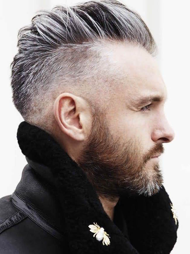 http://feedinspiration.com/wp-content/uploads/2016/03/Undercut-Hairstyle-For-Round-Face-Men.jpg