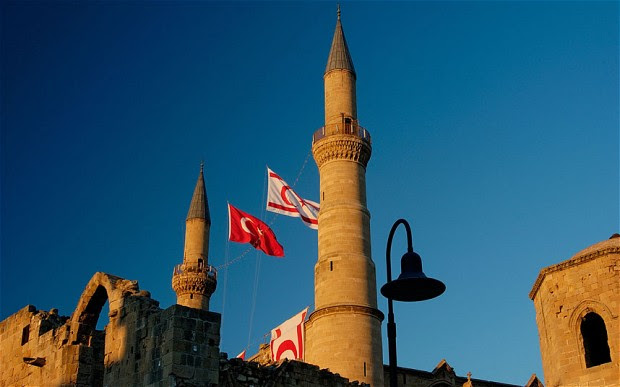 Κύπρος: Ολοταχώς για συνομοσπονδία «βαφτισμένη» σε ομοσπονδία…