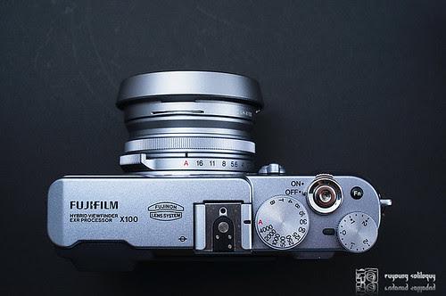 Fuji_X100_exterior_08