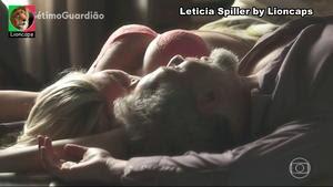 Leticia Spiller super sensual na novela Sétimo Guardião