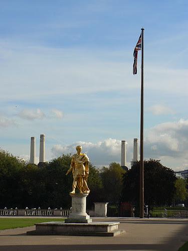 statue charles II.jpg