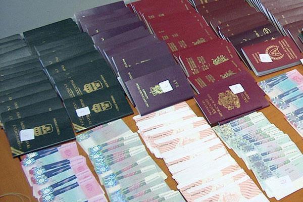 Αφγανοί με διαβατήρια... Νοτίου Κορέας στο αεροδρόμιο του Ακτίου!