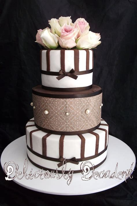17 Best images about Wedding Cake, Chocolate & Brown Cakes