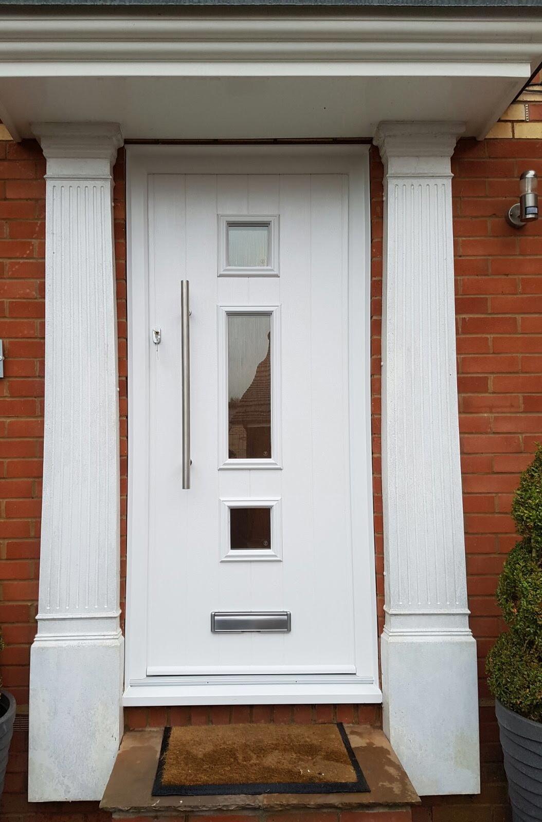 door colour design photo  | 800 x 533