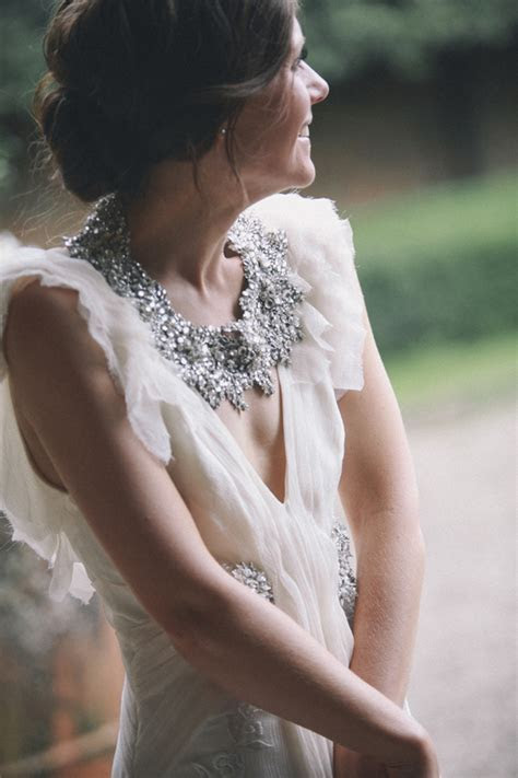 21 Brides & Bridesmaids with Stunning Statement Necklaces