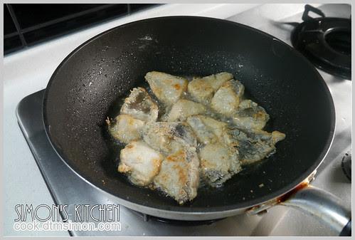 鹹酥鱈魚角01