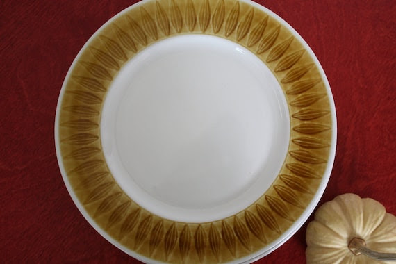 Vintage Topaz Franciscan Discovery Patterned Lunch Plates