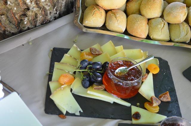 wedding_party_dessert_cheese