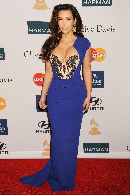 Gemütlich Kim Kardashian Prom Kleid Fotos - Brautkleider Ideen ...