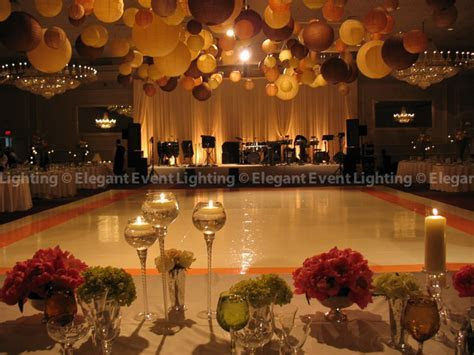 Our Favorite Fall Wedding Lighting & Décor Trends