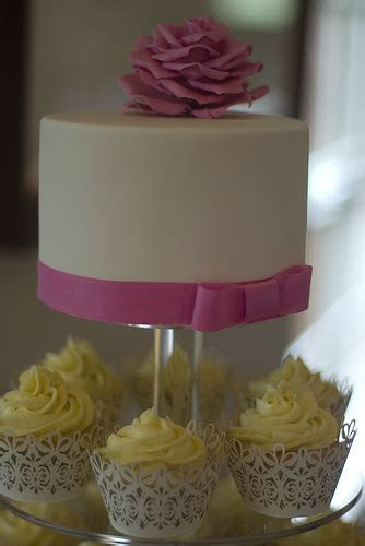 Small Wedding Cake Ideas   A Great Way To Have A Cheap