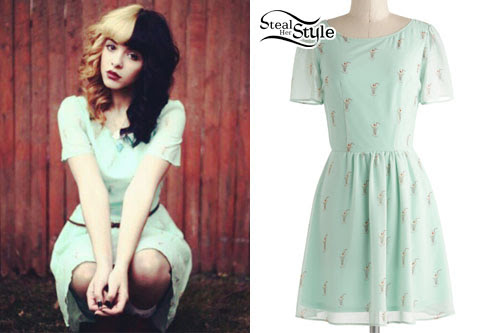 melanie martinez's clothes  outfits  steal her style
