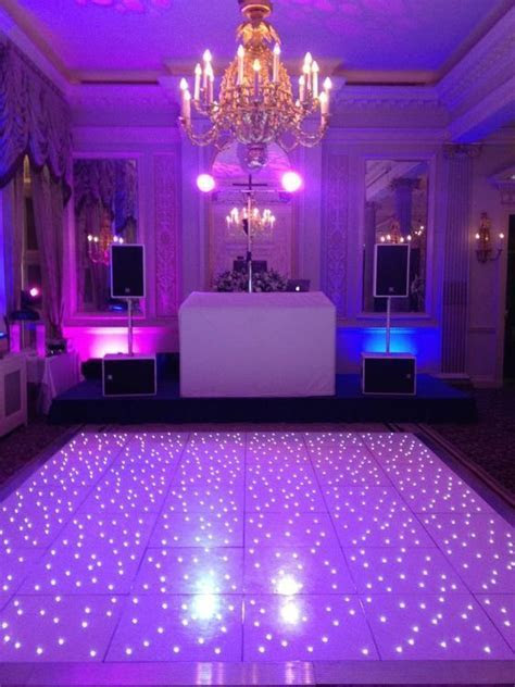 How Much Does Wedding Dance Floor Cost?   Tsditto