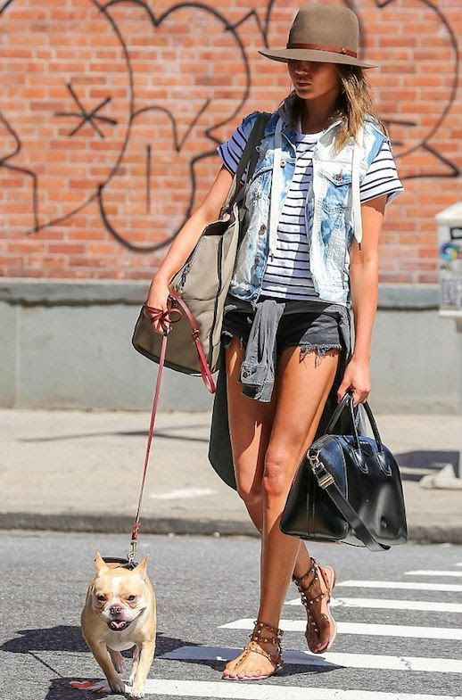 11 Le Fashion Blog 11 Chrissy Teigen Looks Striped Tee Shorts Studded Sandals Dog Walking photo 11-Le-Fashion-Blog-11-Chrissy-Teigen-Looks-Striped-Tee-Shorts-Studded-Sandals-Dog-Walking.jpg