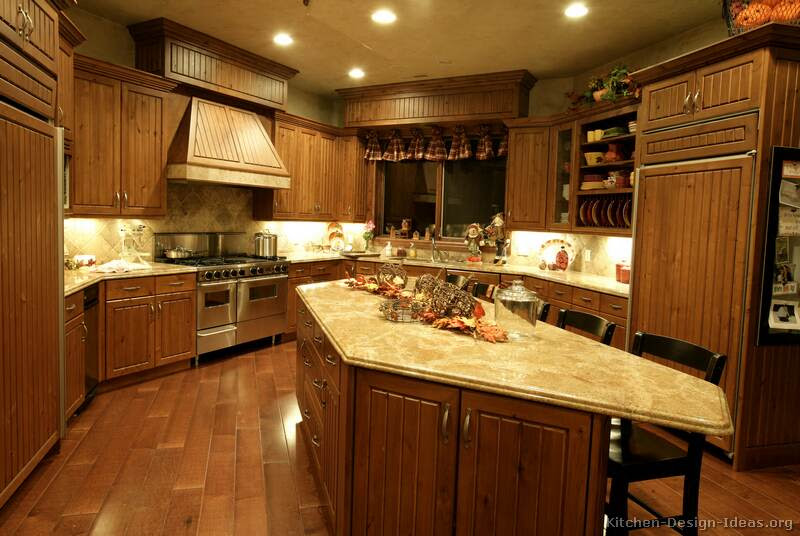Pictures of Kitchens - Traditional - Medium Wood, Golden Brown ...