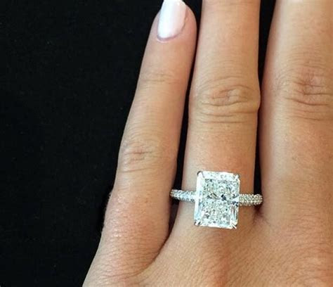 Design Your Own Engagement Ring with Diamond Mansion