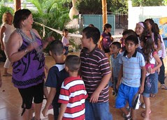 Myranda with the children in Arroyo Seco