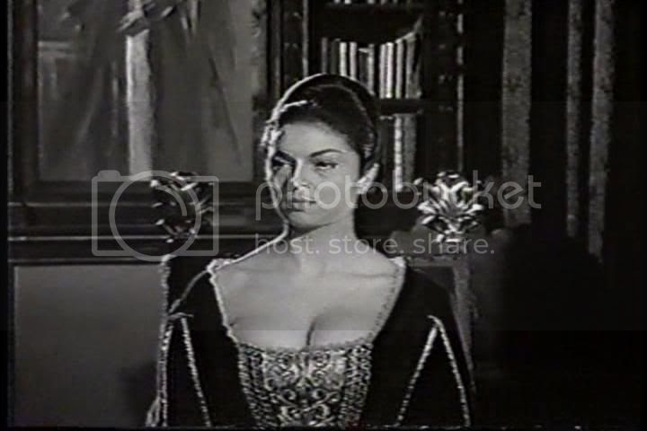 María Luisa Rolando as Countess Ogda