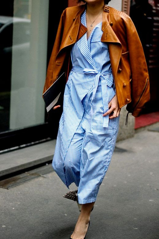 photo Le-Fashion-Blog-Street-Style-Brown-Leather-Moto-Jacket-Blue-And-White-Tie-Front-Dress-Heels-Via-Vogue-Mexico.jpg