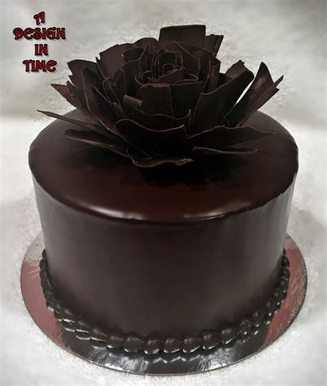 A DESIGN IN TIME   DESSERT CAKES