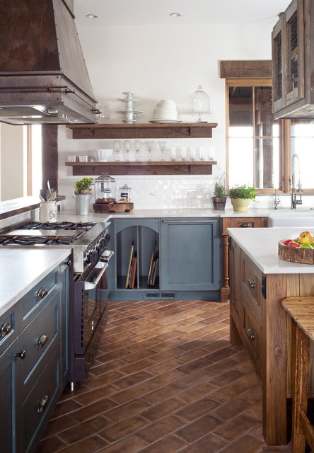 Castle Rock Farmhouse Chic Kitchen - Farmhouse - Kitchen ...