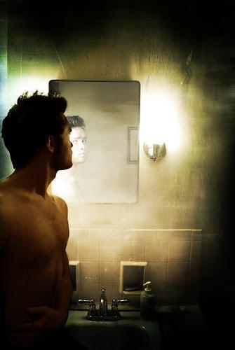 298/365 look into the mirror