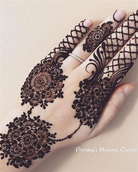 dimple instagram hands mehndi design