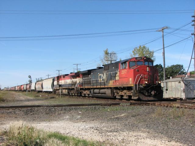 CN 2517 in Winnipeg