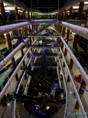 Viseu (41) Palácio do Gelo - Iluminação de Natal nos andares [en] Viseu - Ice Palace - Christmas Lighting