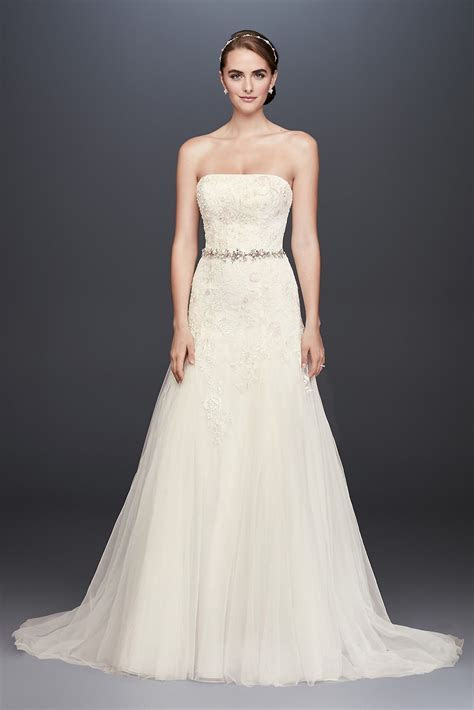 Strapless Long A line Lace Appliqued Straight Neckline