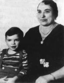 File:Al Capone mother.jpg