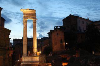 A - rome - night column