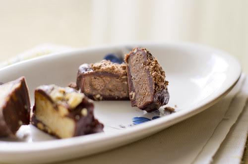 Küpsisetordi trühvlid / Biscuit cake candies