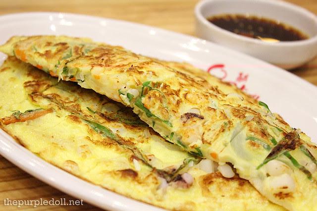 Korean Style Seafood Pancake P165