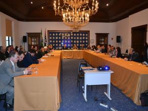 Autoridades de vários órgãos participaram da primeira sessão de instalação da comissão